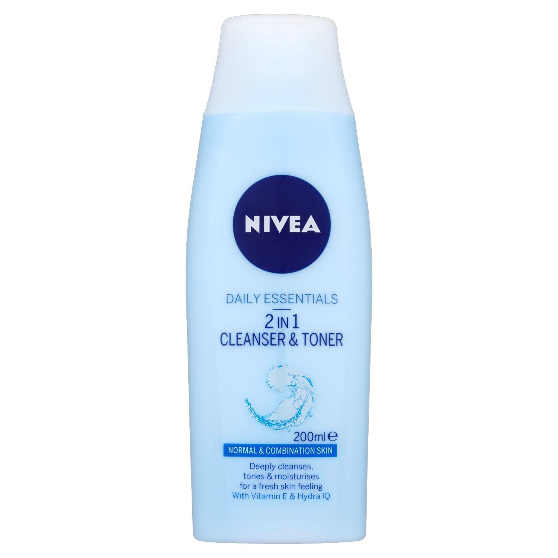 nivea visage daily essentials light moisturising day cream review