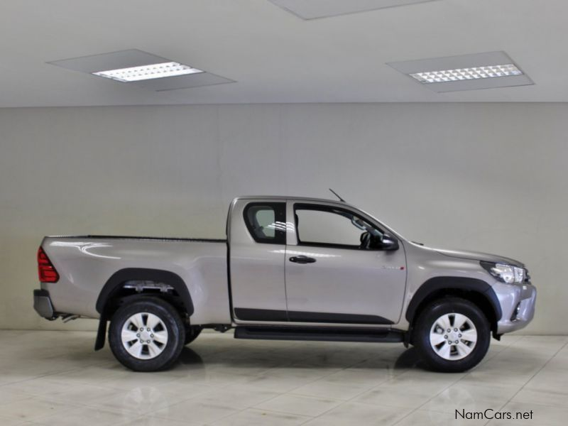 toyota hilux 2.8 gd6 review